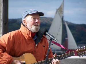 Pete Seeger with Clearwater_Photo by Dona Crawford